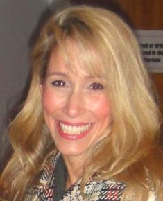 Victoria- Executive Picture (3)