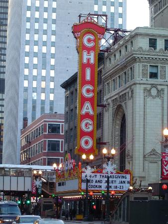 Chicago_theatre