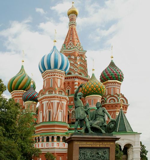 RS1332_russian%20cathedral