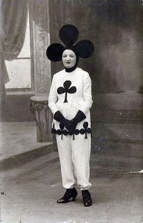 Incredibly Bizarre Vintage Halloween Costumes (6)
