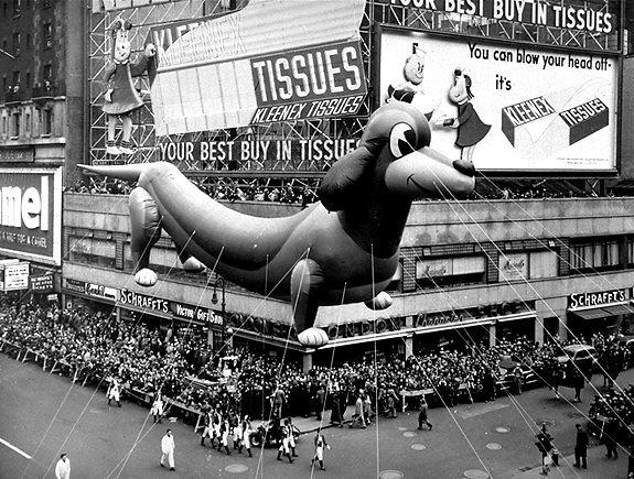Gal-balloon-1950-dachshund-jpg