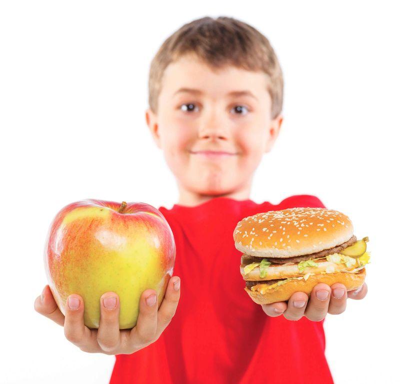 Unhealthy-food-vs-healthy-food-bjunk-foodjpg-du0a6lro