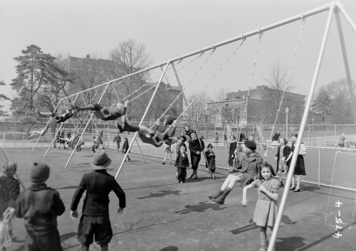 Vintage-brooklyn-photos-prospect-park-playgrounds-6