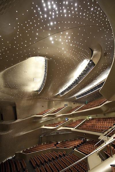 Guangzhou-Opera-house-017