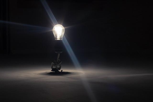 Lightbulb-336193_640