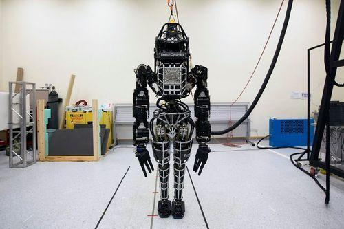18robot-master675