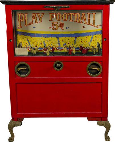 Playfootballarcadegame_victoriancasinoantiqueauctions