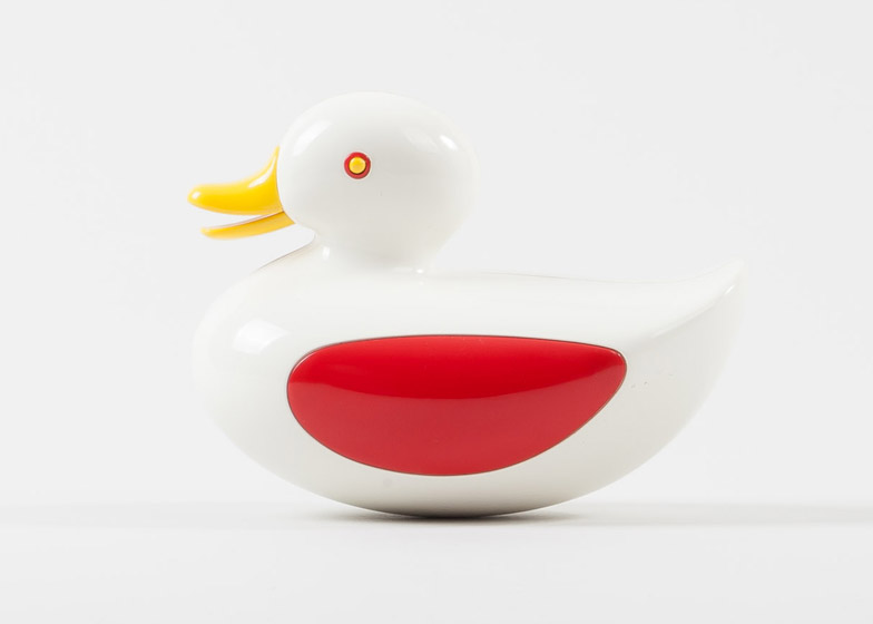 Play-Modernist-Toy-Exhibition-by-Systems-Project_dezeen_784_2