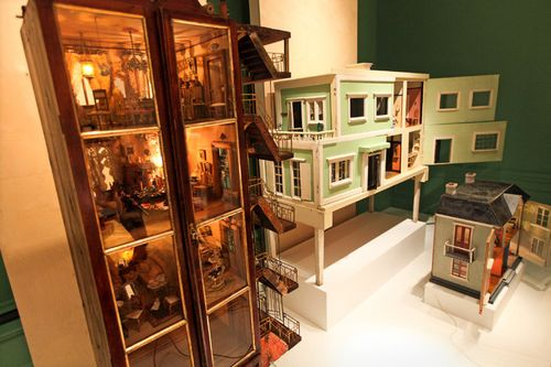 Bard Doll House