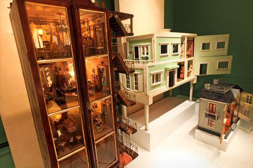 Bard Doll House