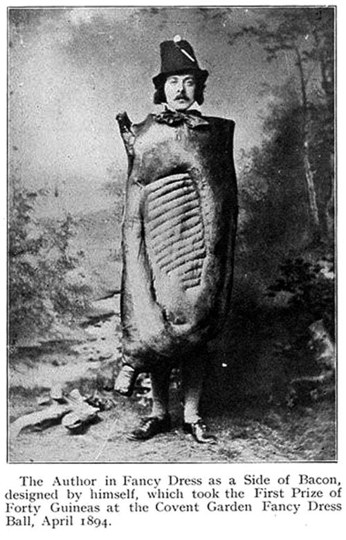 Creepy-Vintage-Halloween-Costumes-—-23