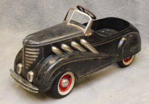 Vintage-Pedal-Cars-03-300x210