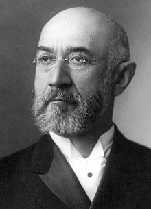 220px-Isidor_Straus_1903