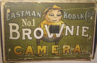 1024px-Kodak_Brownie_advert